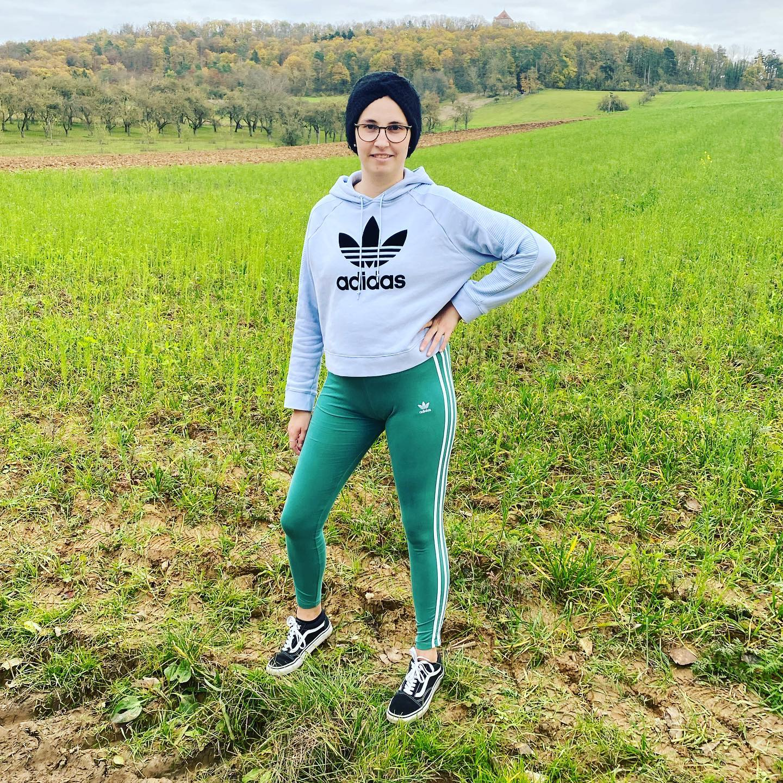 grün-türkise Leggings von Adidas